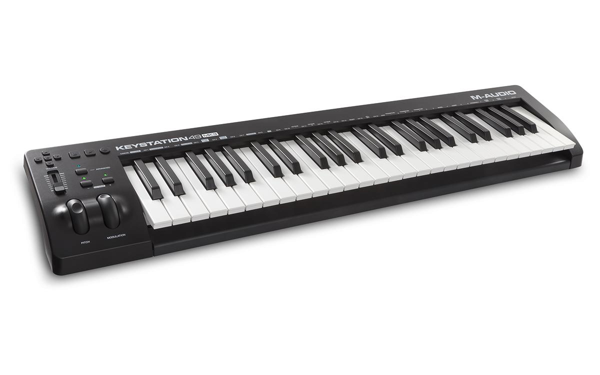 M-AUDIO KEYSTATION 49 MK3 MASTER KEYBOARD CONTROLLER MIDI USB 49 TASTI MK3 2
