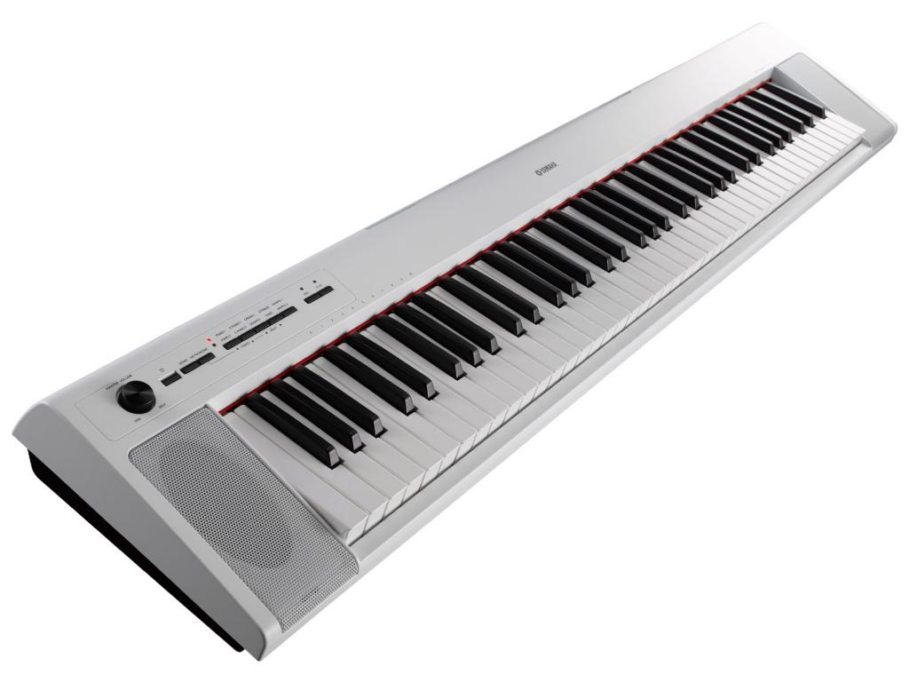 YAMAHA NP32 WH PIAGGERO PIANO DIGITALE PORTATILE 76 TASTI COLORE BIANCO 1