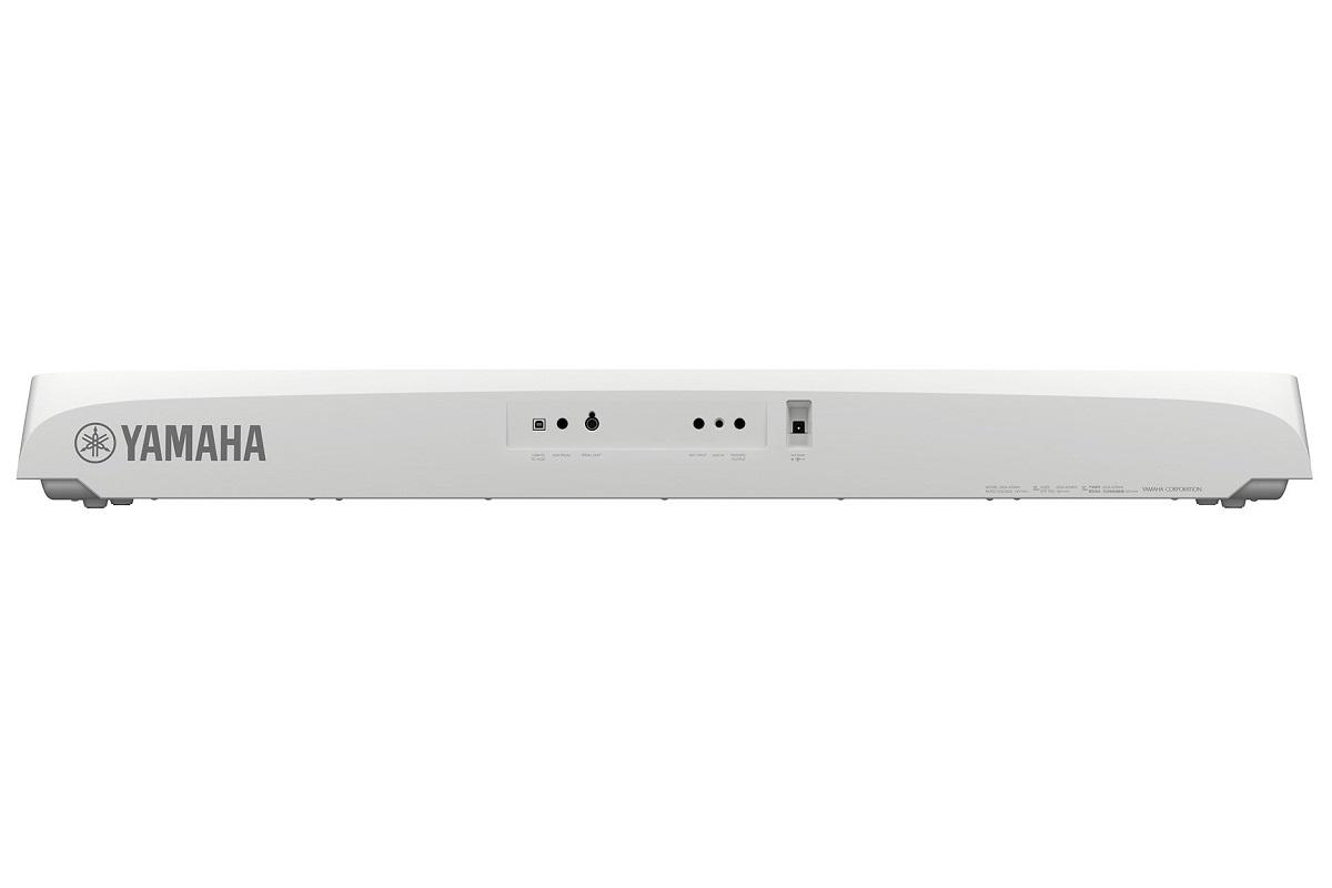 YAMAHA DGX670W WHITE PIANOFORTE DIGITALE ARRANGER DGX670 88 TASTI GRADED HAMMER COLORE BIANCO 2