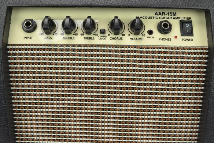 BRYCE MUSIC AAR-15 M AMPLIFICATORE PER CHITARRA ACUSTICA 15 WATT 6.5 + CHORUS + AUX IN 2