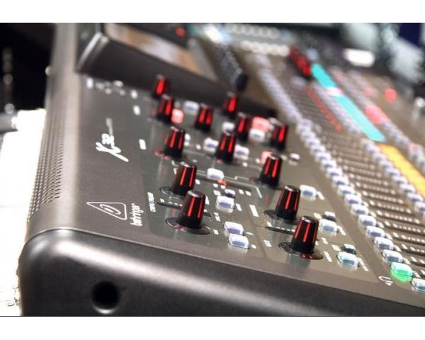 behringer-x32-mixer-digitale-25